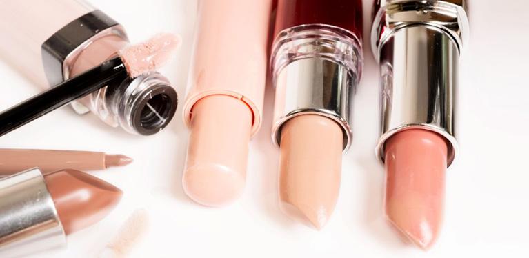 trendy-lipstick-shades